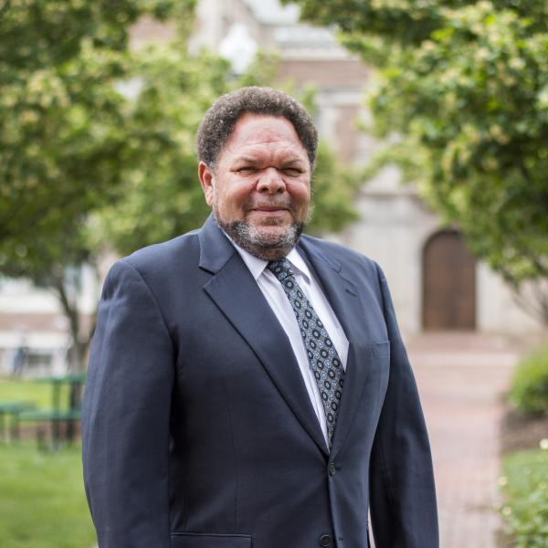 Wash U linguist analyzes American dialects, discrimination