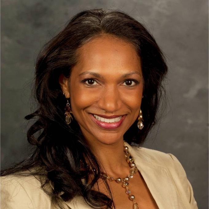 Headshot of Shanti Parikh