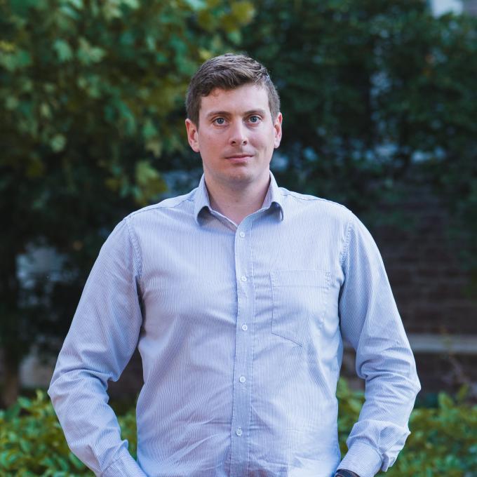 Headshot of Adam van Casteren